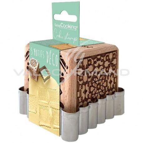 Tampons biscuits cube 5 décors et découpoir Scrapcooking