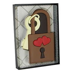 Cadenas et sa clef en chocolat décoré - coffret de 80g en stock