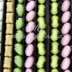 Fondants assortis Figurines en sucre de NOEL - boîte de 1,500kg en stock