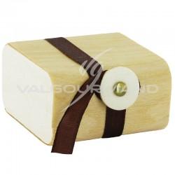Boîtes en bambou avec ruban - 16 pièces **1 LOT**