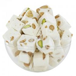 Nougats cassés durs aux amandes et pistaches - 3kg en stock