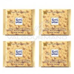 Lot de 4 tablettes Ritter Sport blanc noisettes entières 100g