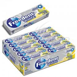 Freedent dragées white fruits SANS SUCRES - le lot de 30 en stock